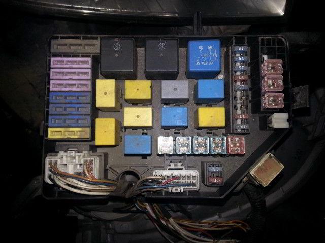 Блок предохранителей под капот Hyundai Elantra. Кузов: XD.