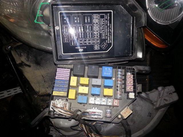 Блок предохранителей под капот Hyundai Elantra. Кузов: XD.  фото 2