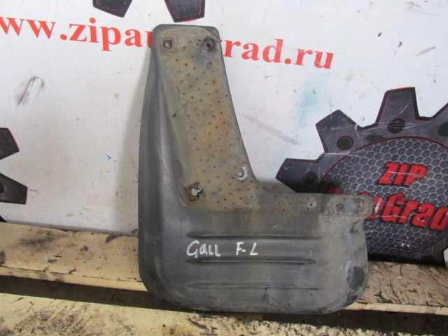 Передний левый брызговик Hyundai Galloper. D4BH.