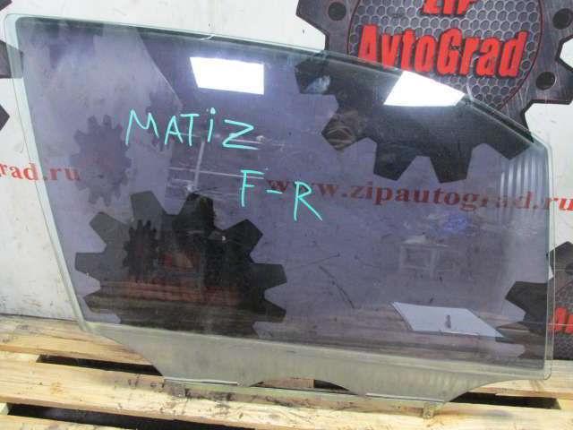 Переднее правое стекло двери Daewoo Matiz.
