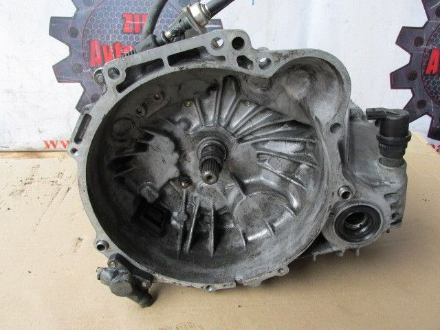 МКПП KM 210 Hyundai Sonata. Кузов: 3. G4CP. , 2.0л., 125л.с.  фото 3