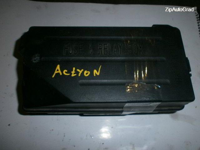Блок предохранителей под капот Actyon. Кузов: SPORT. D20DT.