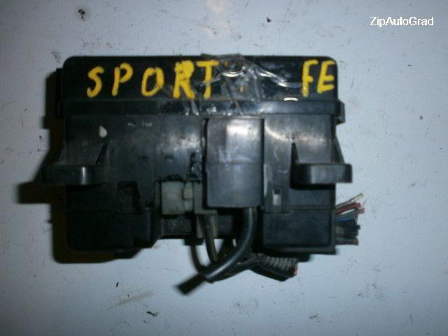 Блок предохранителей под капот Kia Sportage. Кузов: 1. FE.