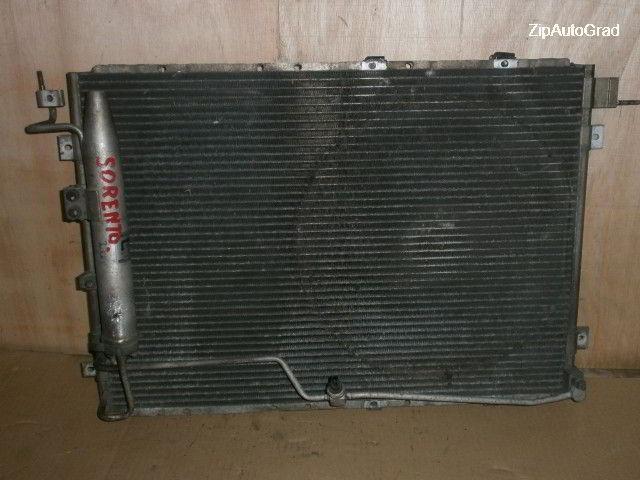Радиатор кондиционера Kia Sorento. D4CB.