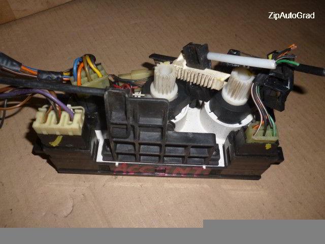 Блок управления климат-контролем Hyundai Accent.  фото 2