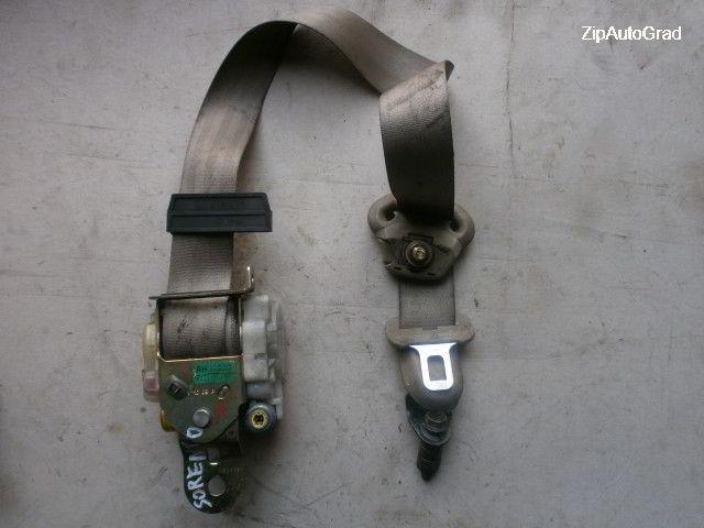 Передний правый ремень безопасности Kia Sorento.