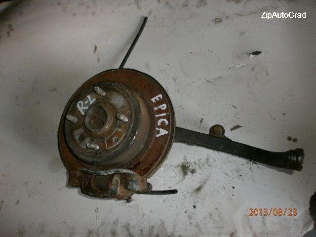 Задняя левая ступица Chevrolet Epica.